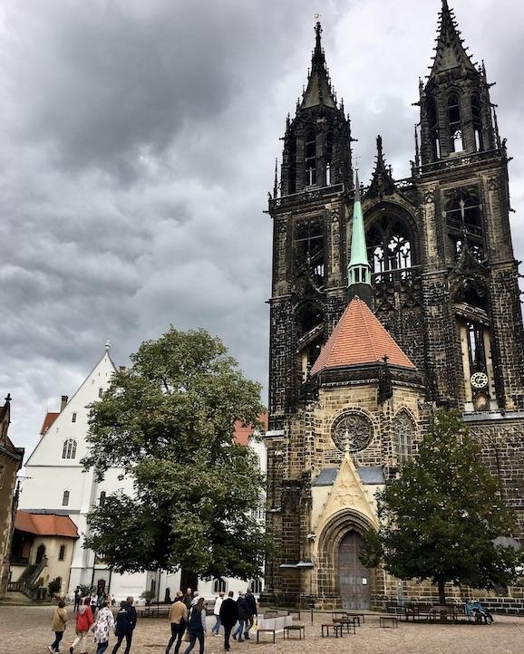 Meißen Sehenswürdigkeiten Altstadt Elbe Sachsen Meißen Sachsen Der Dom zu Meißen auf dem Burgberg