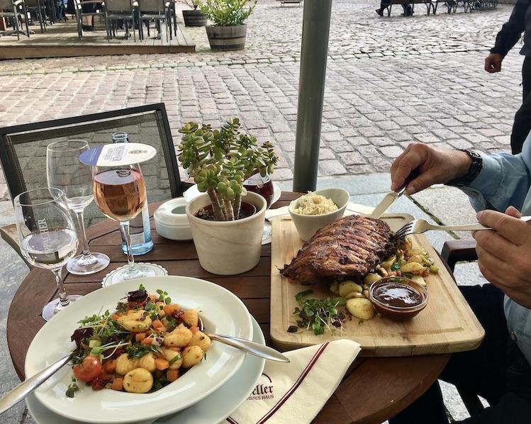 Meißen Sehenswürdigkeiten Altstadt Elbe Sachsen Meißen Sachsen Restaurant Ratskeller am Markt