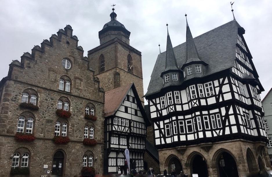 Alsfeld Hessen Rathaus und Weinhaus Am Marktplatz