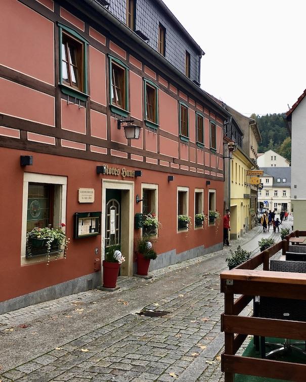 Bad Schandau Elbe Hochwassermarke Marktstraße am Roten Haus