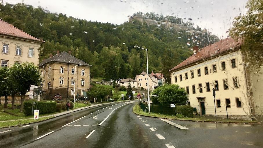 Festung Königstein an der Elbe im Regen