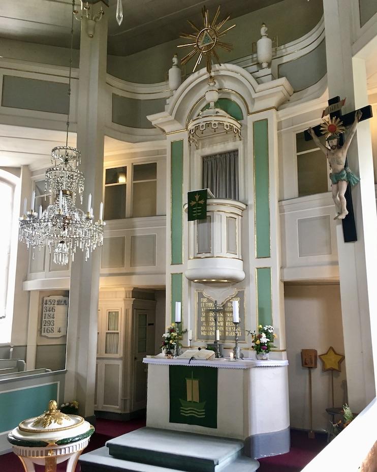 Kurort Seiffen Bergkirche Seiffen Erzgebirge Altar