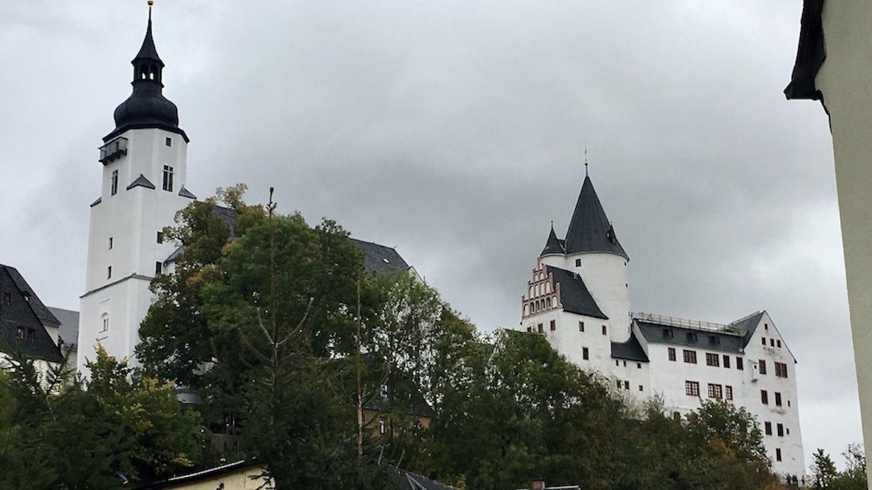 Schwarzenberg im Erzgeb. Kirche Sankt-Georgen und Schloss Schwarzenberg mit Burgfried