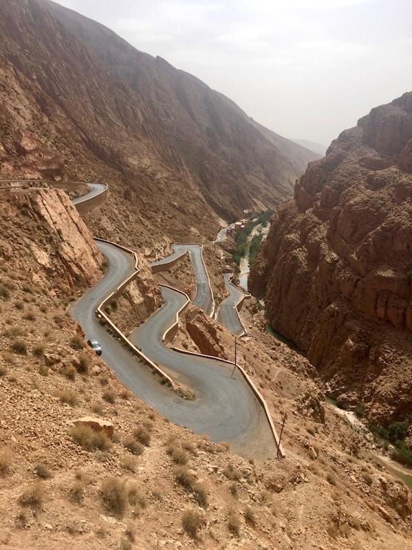 Dades Schlucht Serpentinenstraße im Dades-Tal Dades-Schlucht Gorges-du-Dades Marokko