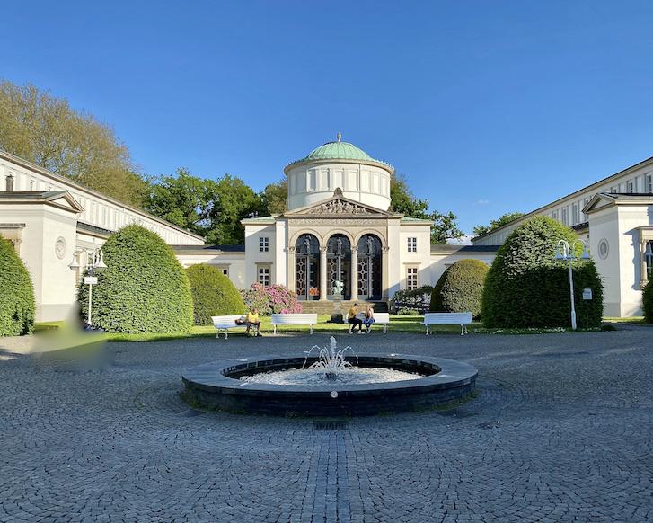 Bad Oeynhausen Historisches Badehaus I im Kurpark Bad Oeynhausen