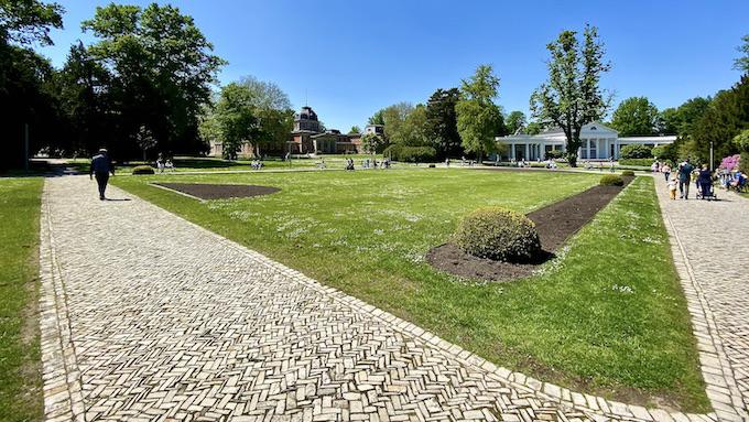 Bad Oeynhausen Trink- und Wandelhalle Historisches Badehaus II im Kurpark Bad Oeynhausen