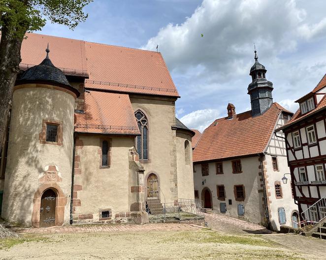 Burgenstadt Schlitz Stadtkirche Sankt Margarete romanische Säulenbasilika Schlitz Hessen
