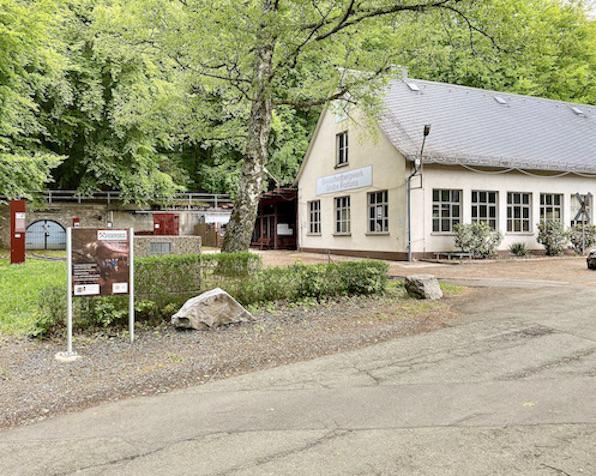 Grube Fortuna Solms Besucherbergwerk Geoinformationszentrum Museumspark Blick zum Mundloch