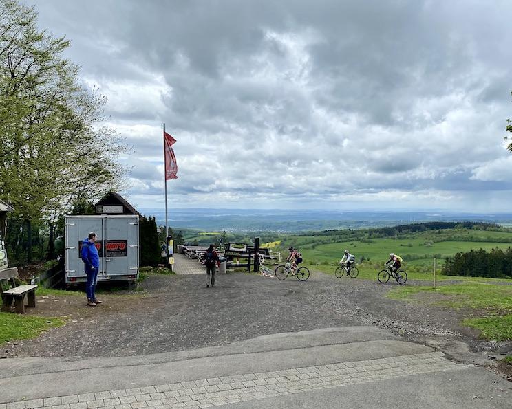 Hoherodskopf Erlebnisberg Vogelsberg Lokal Zur-schönen-Aussicht