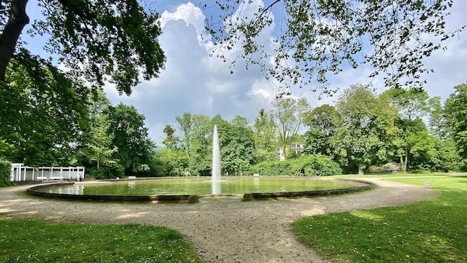 Bad Pyrmont Staatsbad Große Fontäne Fontäne-Allee Kurpark