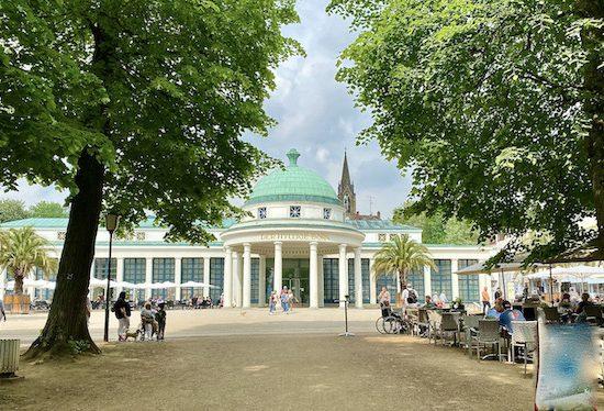 Bad Pyrmont Staatsbad Kurhaus Der-Hyllige-Born Heilquelle Kurpark