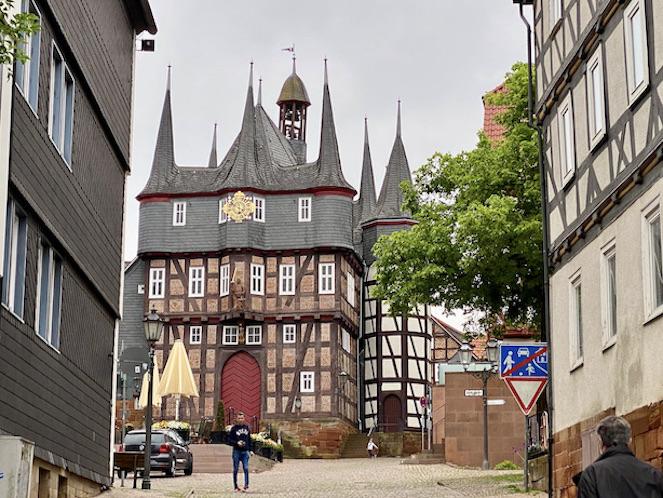 Frankenberg Eder Historisches Rathaus am Obermarkt Stadt Frankenberg Waldeck-Frankenberg