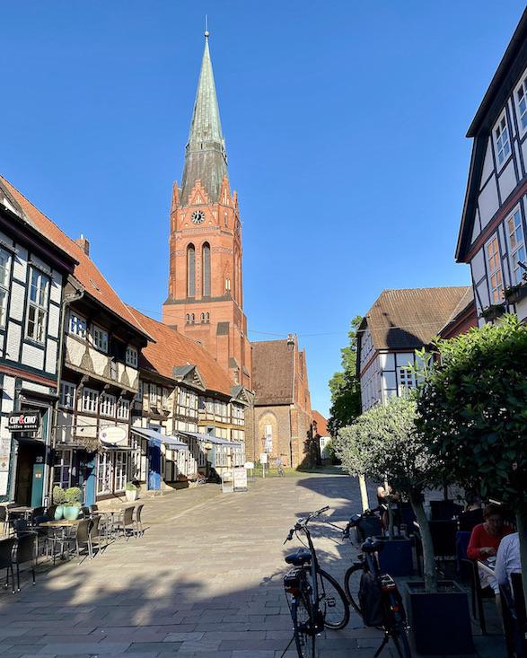Nienburg Spargelstadt an der Weser Sehenswürdigkeiten Historische Altstadt Turm der St.Martin Kirche