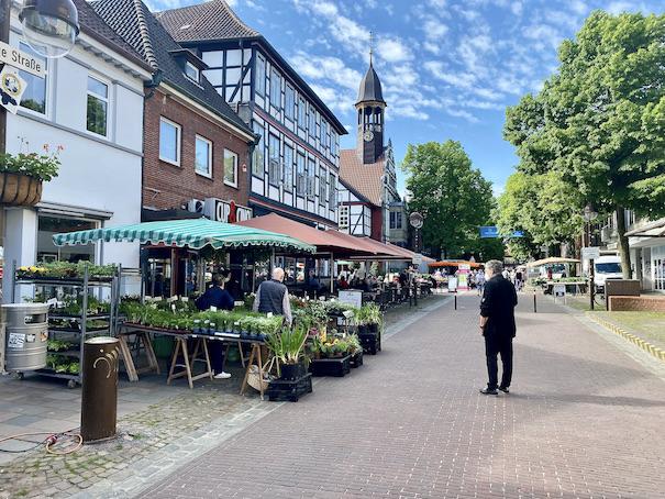 Nienburg an der Weser Deutschlands schönster Wochenmarkt in der Lange-Straße