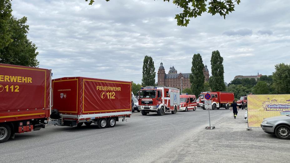 Aschaffenburg Feuerwehr auf dem Volksfestplatz