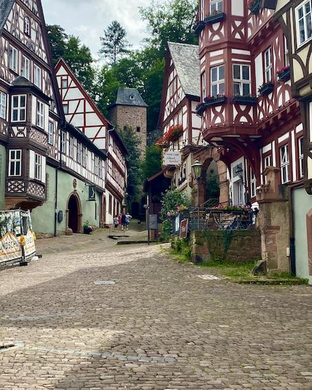 Miltenberg am Main Altstadt Sehenswürdigkeiten Alter Marktplatz Schnatterloch