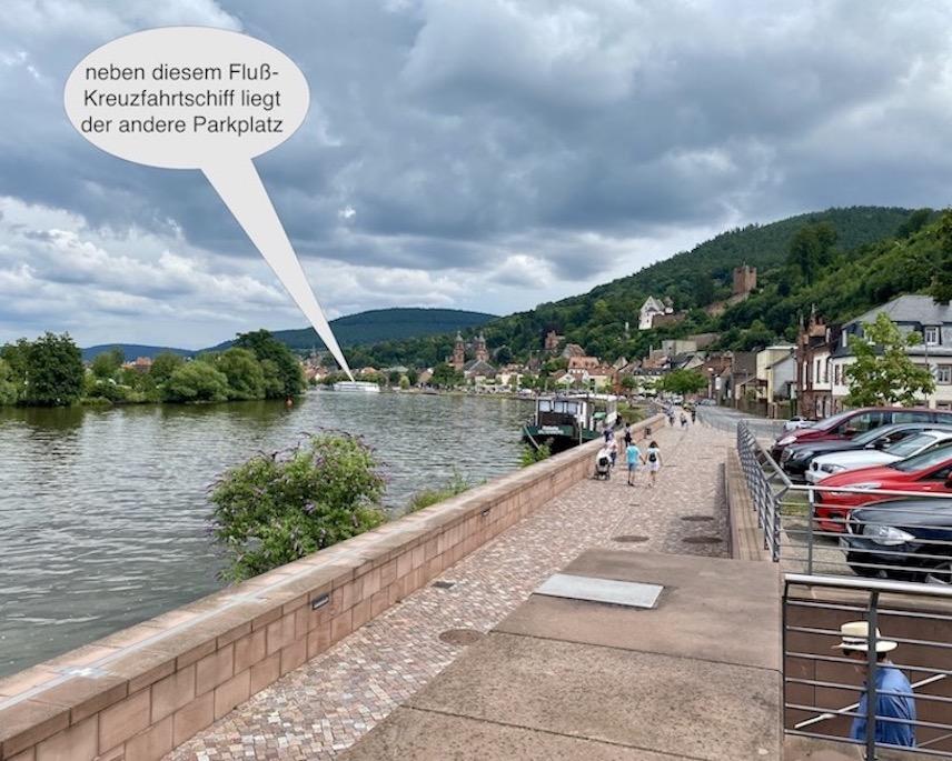 Miltenberg am Main Deutschland historische Altstadt Sehenswürdigkeiten Fluß-Kreuzfahrten
