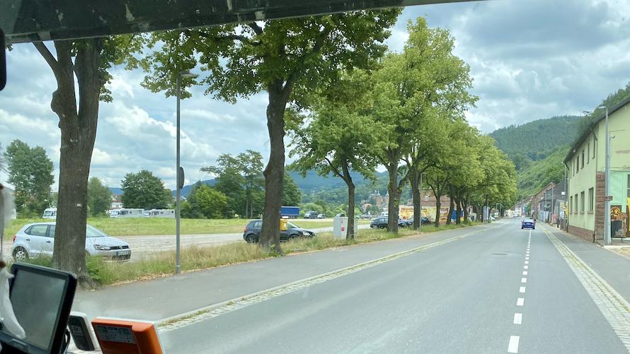 Miltenberg am Main Parkplatz Nähe Schiffsanlegestelle-Miltenberg Wohnmobilstellplatz für mole-on-tour Deutschland