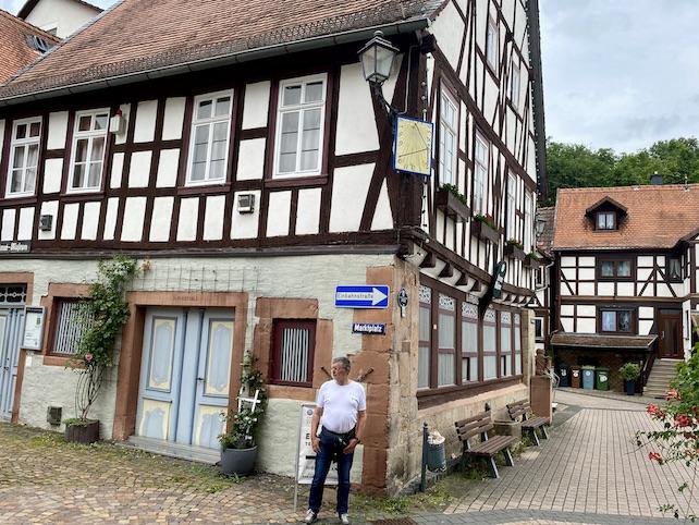 Wächtersbach in Hessen Heimatmuseum Schloss Wächtersbach Wächtersbach Keramik Dauerausstellung