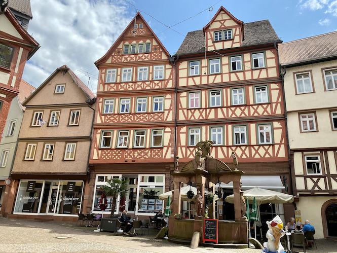 Wertheim am Main Engelsbrunnen Städtischer-Ziehbrunnen Historische Altstadt