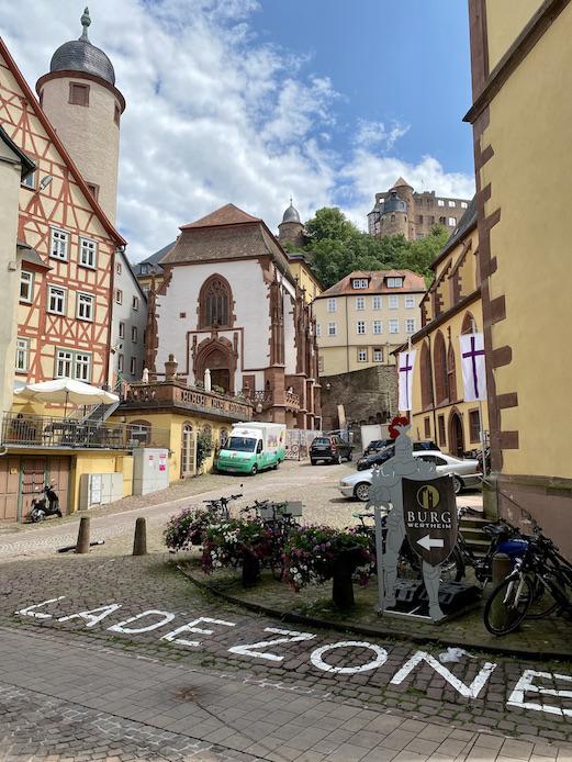 Wertheim am Main Kilianskapelle Aufgang Burg Wertheim Historische Altstadt