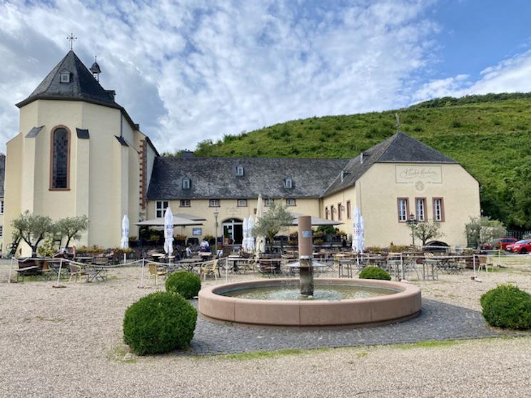Abtei Kloster Machern Mosel Zeltingen-Rachingen Brauhaus Klosterbrauerei Restaurant