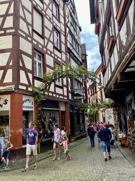 Bernkastel-Kues Fachwerkhäuser Historische Altstadt Sehenswürdigkeiten