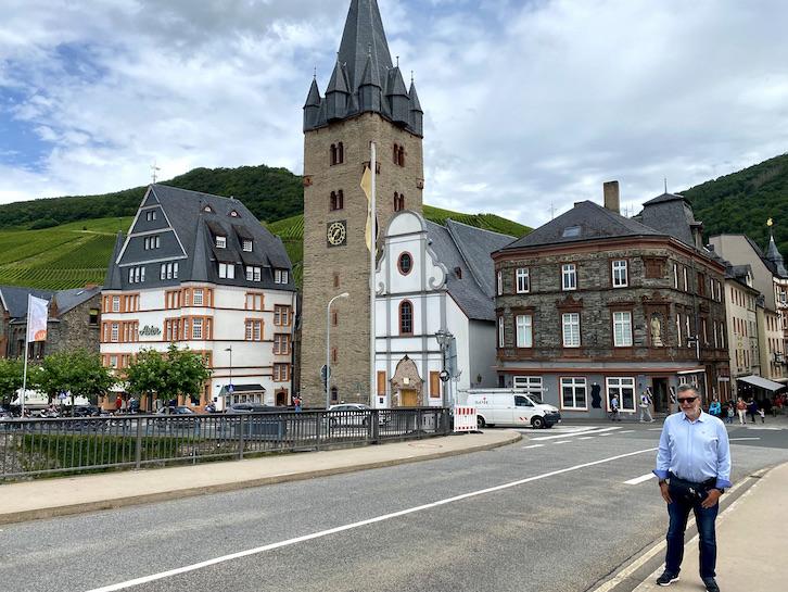 Bernkastel-Kues Historische Altstadt Sehenswürdigkeiten Pfarrkirche St. Michael