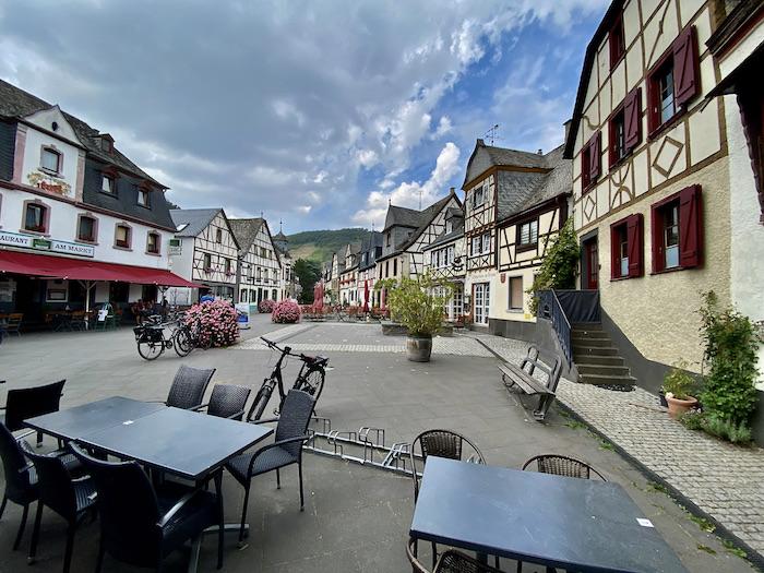 Kobern-Gondorf an der Mosel Rheinland-Pfalz Altstadt Marktplatz
