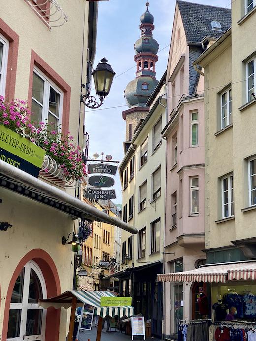 Stadt Cochem an der Mosel Altstadt Innenstadt Pfarrkirche St.Martin