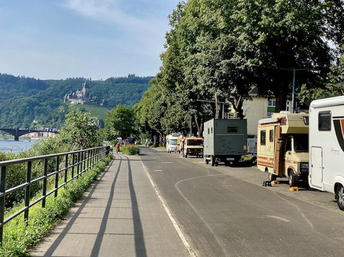 Stadt Cochem an der Mosel Wohnmobil-Parkplätze an der Moselpromenade für mole-on-tour