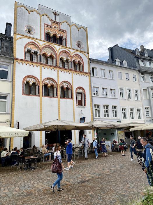 Trier Dreikönigenhaus Wohnturm Romanisches Patrizierhaus