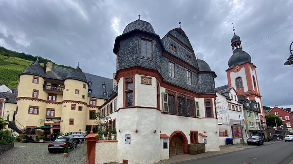 Zell-Mosel Altstadt Kurfürstliches Residenzschloss Zell Sehenswürdigkeit