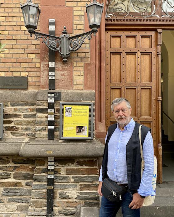 Zell-Mosel Rathaus Altstadt Hochwassermarkierungen Sehenswürdigkeit